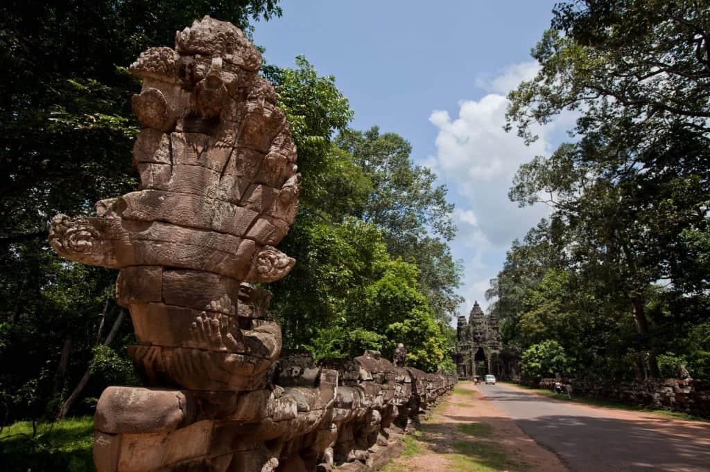 angkor wat cambodia travel guide