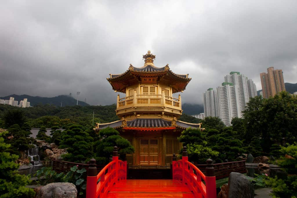 best place to stay in hong kong near chi lin nunnery