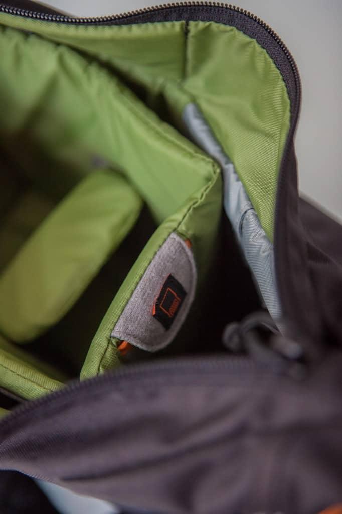 Lowepro Passport Sling Black pockets