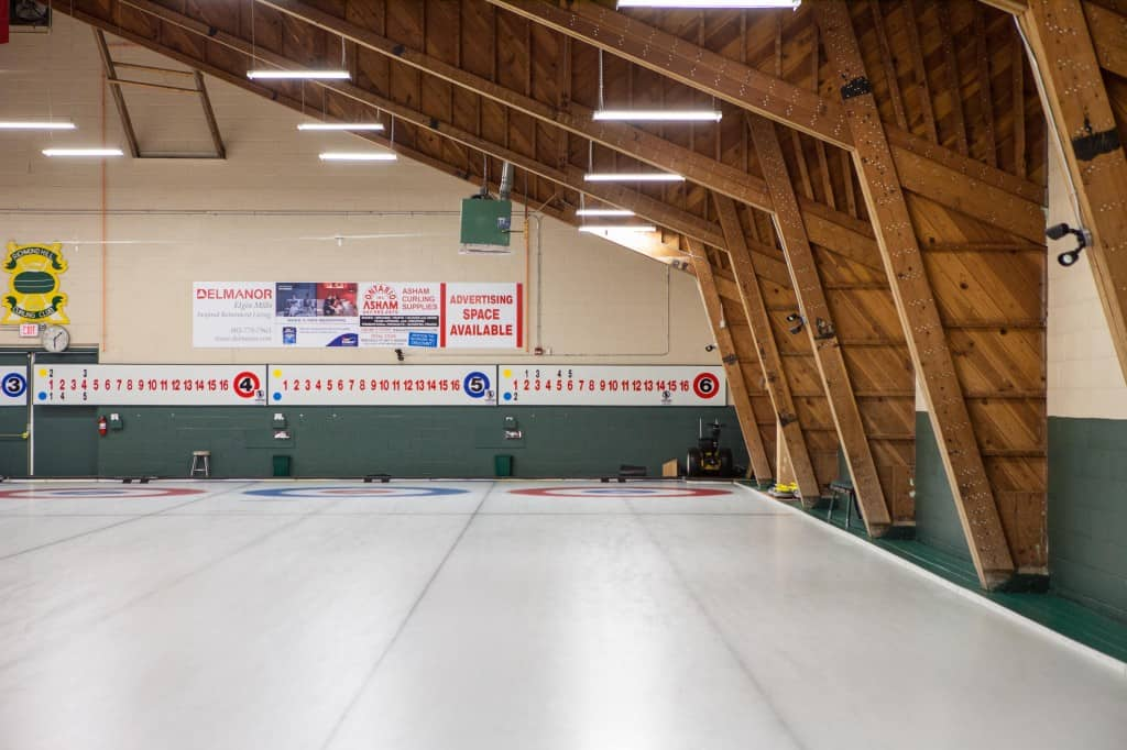 curling clubs in toronto that offer group rentals and how to plan a curling event with friends in the winter