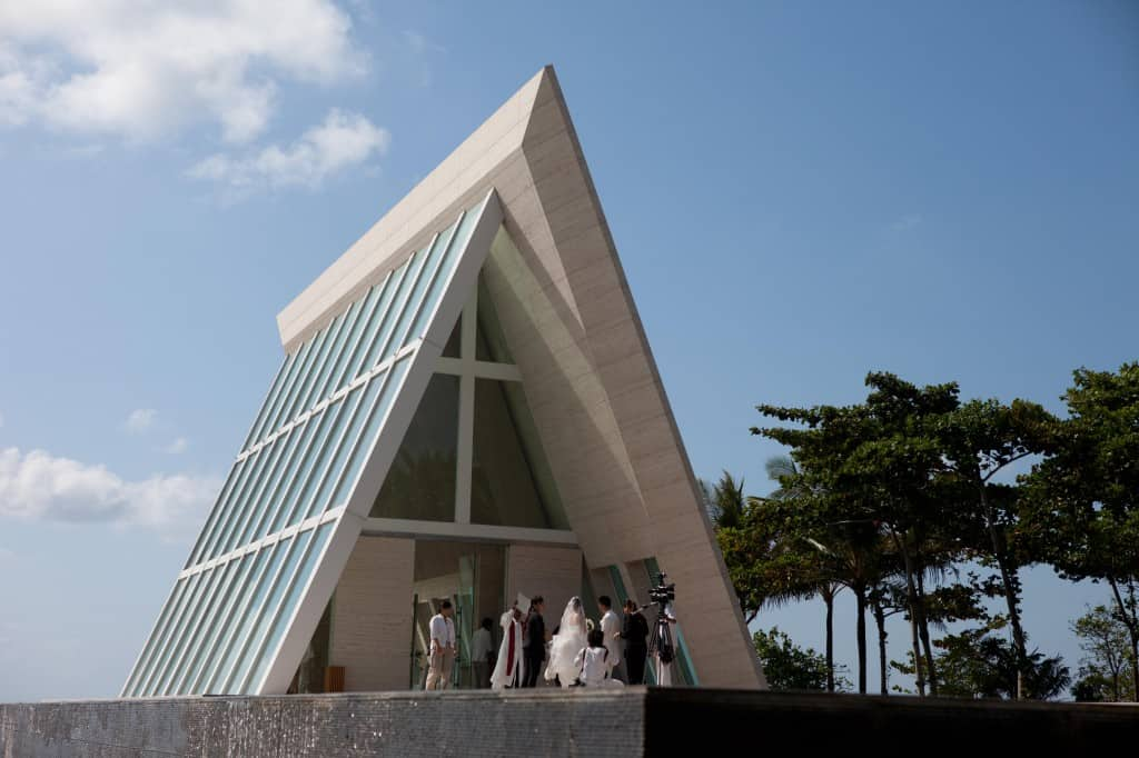 conrad bali review - wedding chapel