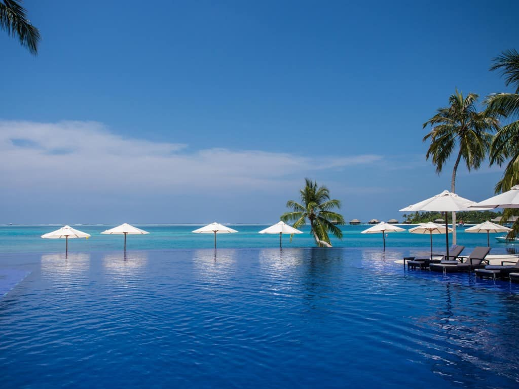 the comprehensive conrad maldives review