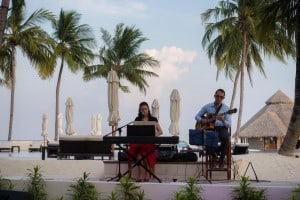 Back on the main island, live music was playing at Rangali Bar. This duo was treat to listen to with cover songs ranging from oldies to newer songs.