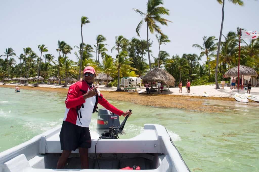 boat pickup with rafael at seapro divers