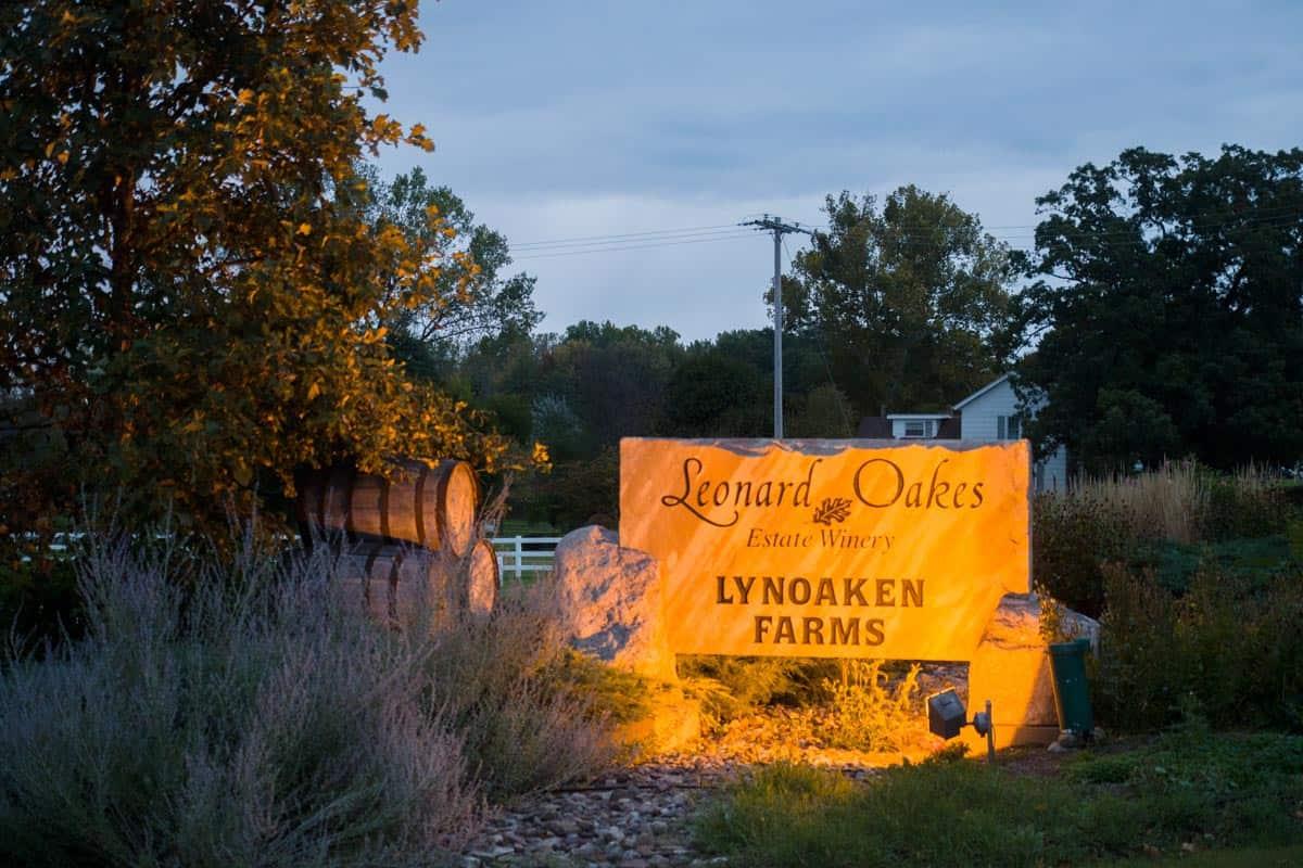 Leonard Oakes and Lynoaken Farms Entrance