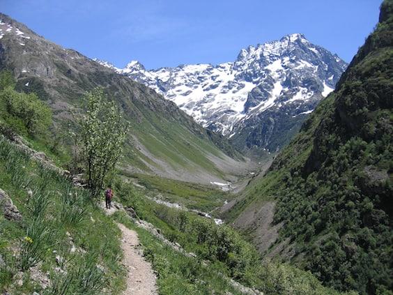 tour du vieux chaillol walking in the alps