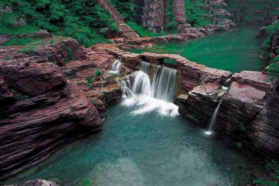 Beautiful geological park at Yuntai Mountain. Credit: CNTV.cn