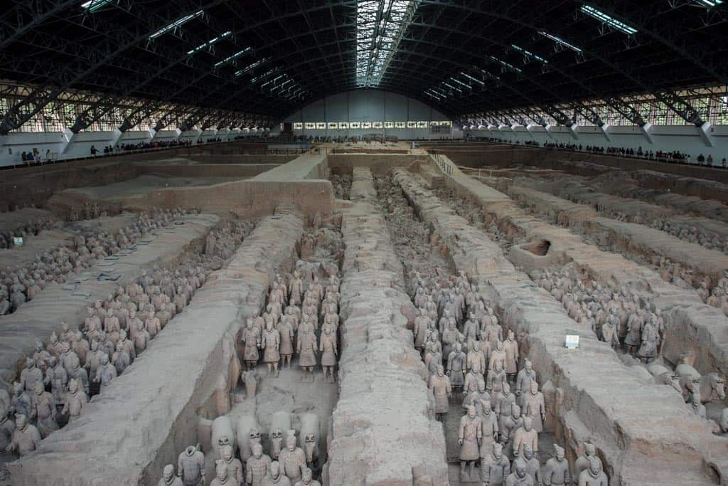 Once you enter in the pit, it's pure sensory overload as you try to make sense of the scale of the columns and columns of soldiers.