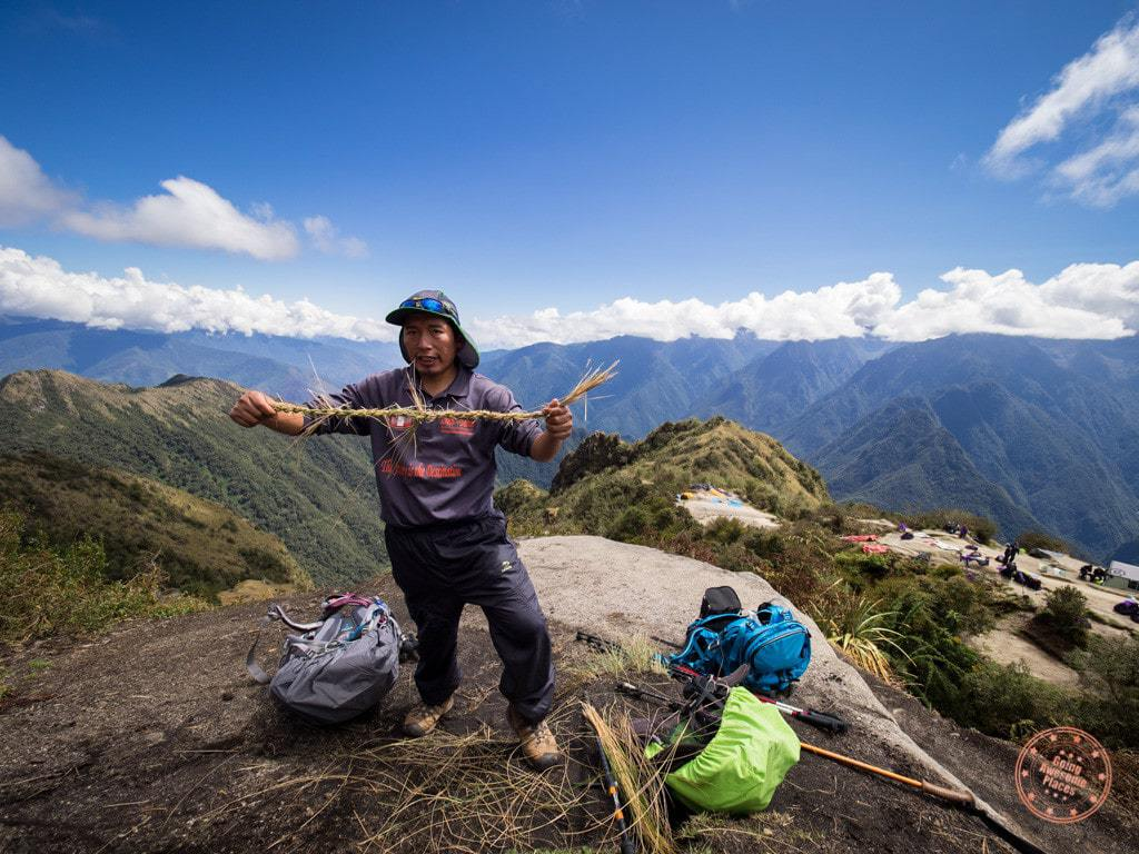 From this perch, Juan Carlos gave us a lesson on how to braid our own Inca-strength rope.