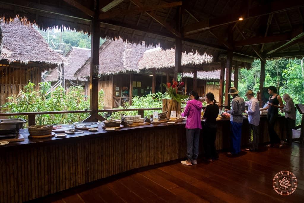 Buffet Style Meals at Refugio Amazonas