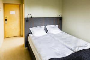reykjavik city hi hostel private bedroom