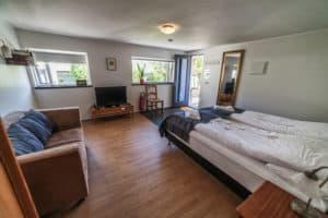 solheimar studio apartment interior room