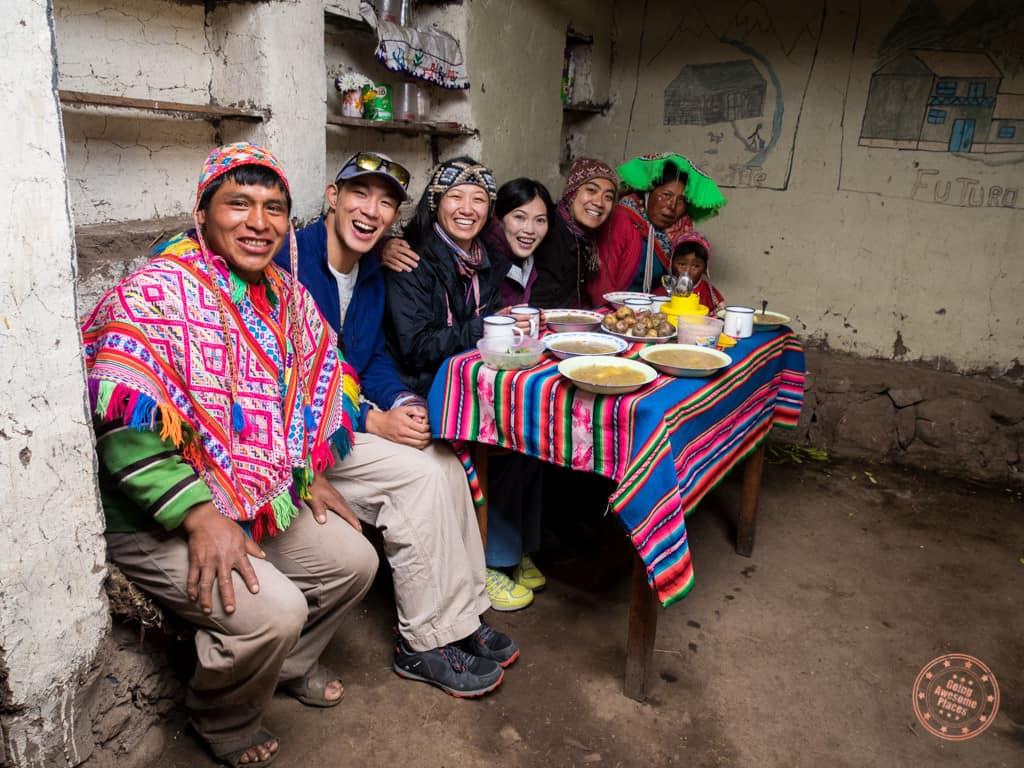 Maucau Community for Lunch near Lares