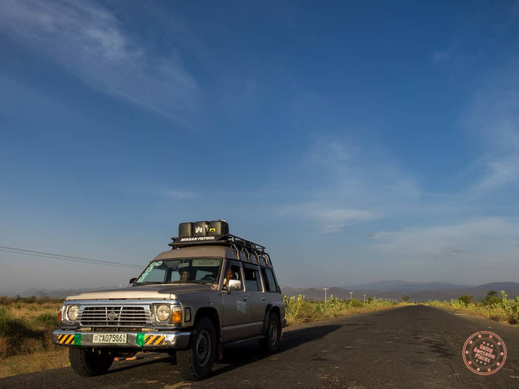 nissan 4x4 driving towards jinka in omo valley itinerary