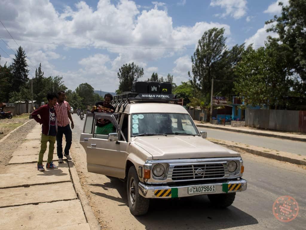 Loading up the Nissan Patrol in Jinka