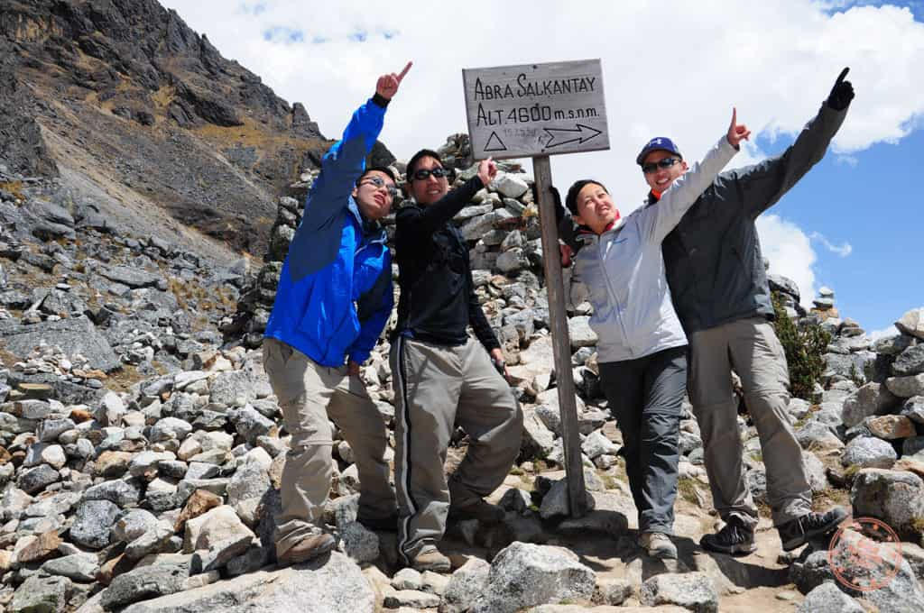 Salkantay Trekking Group Photo Pointing