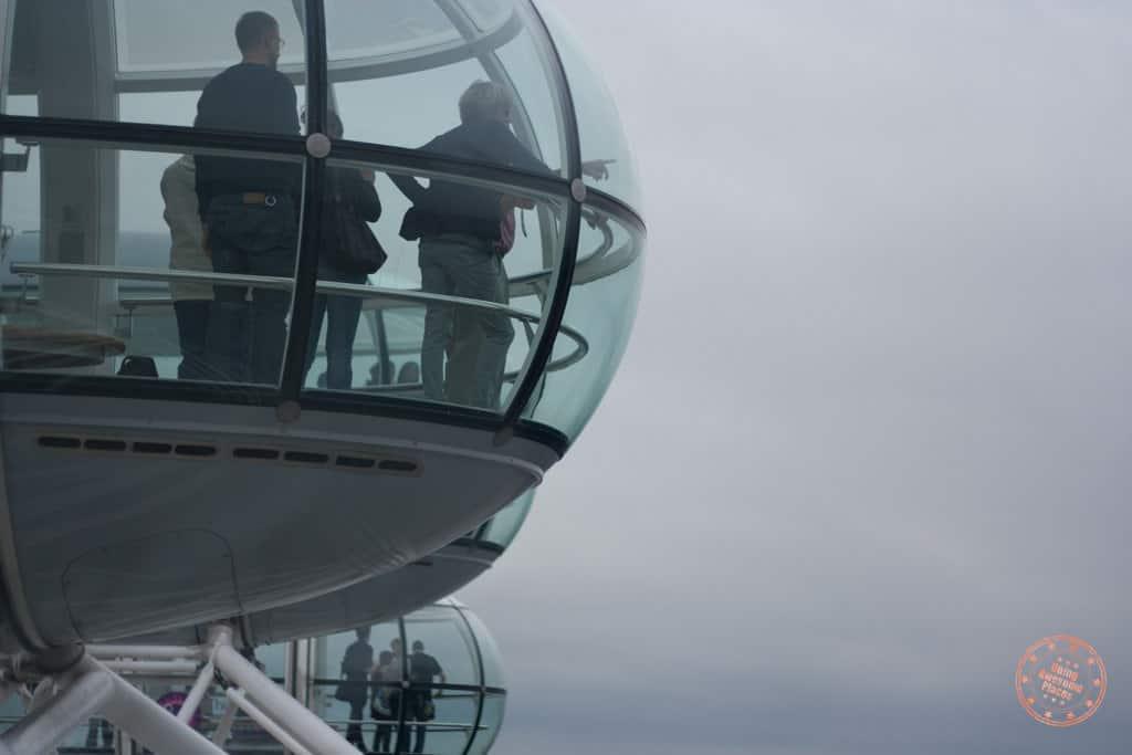 Sightseeing London from London Eye