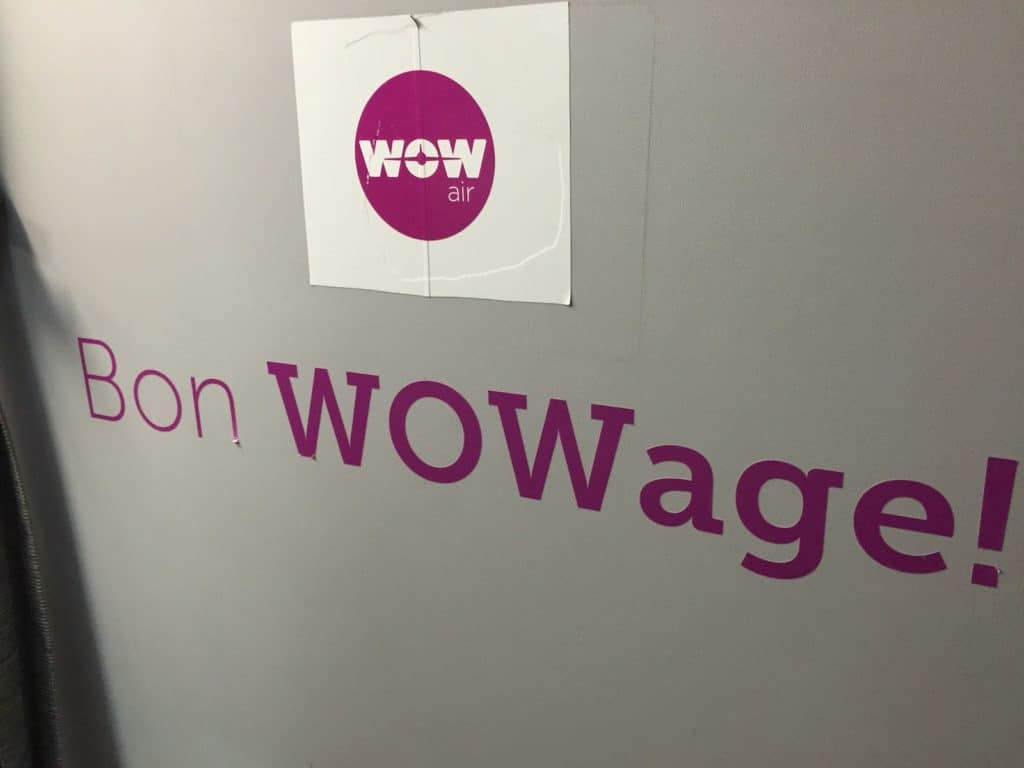 WOW Air signage - Bon WOWage