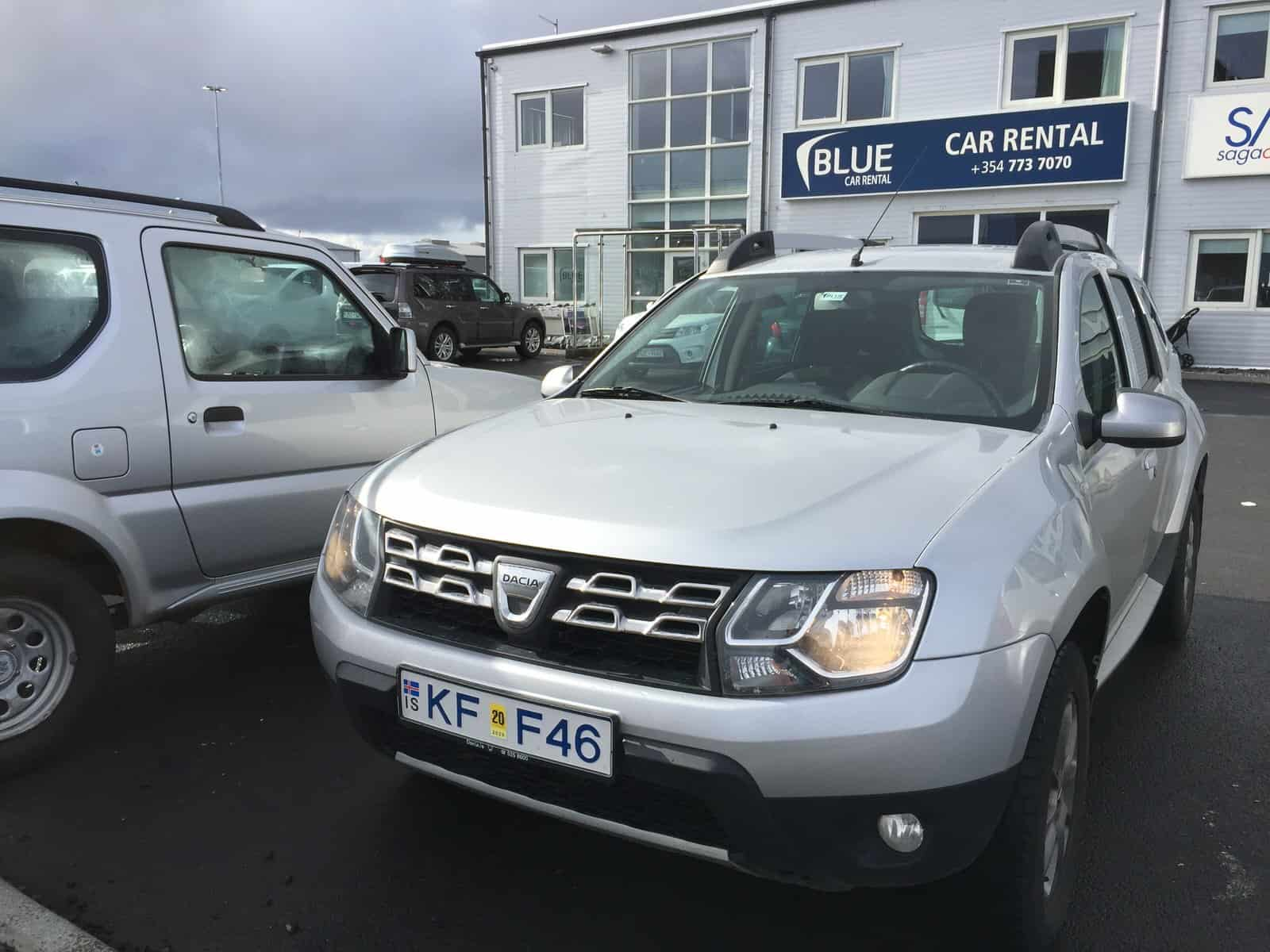 dropping off a car rental in iceland