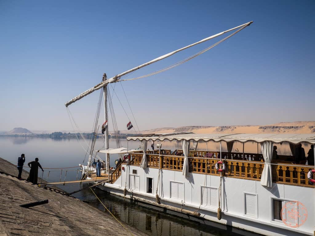 dahabiya nile cruise boarding