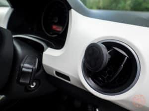 Magnetic Car Mount in Seat Mi