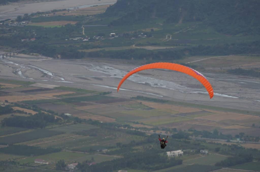 Paragliding in Taitung Taiwan