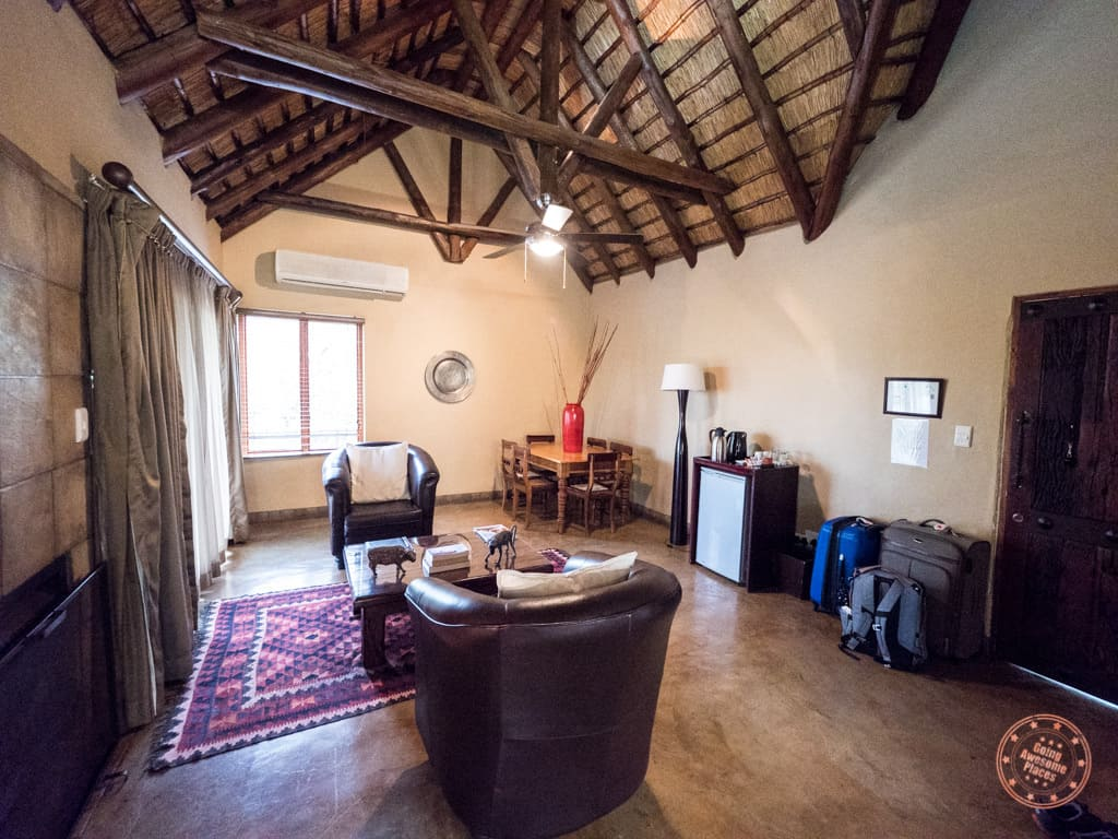 living room space in Manyeleti honeymoon suite at Elephant Plains