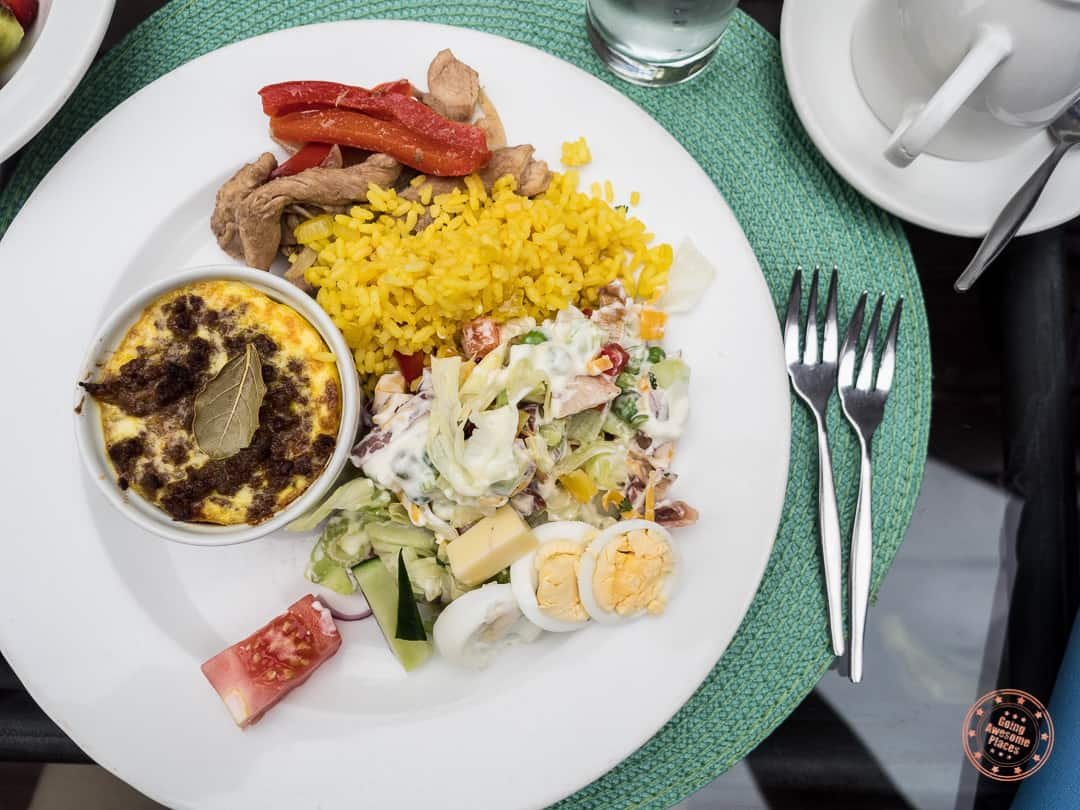 sample plate of lunch at Elephant Plains