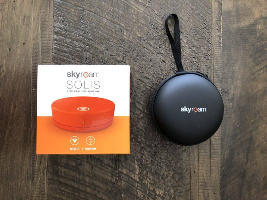 skyroam solis wifi hotspot device packaging box and case