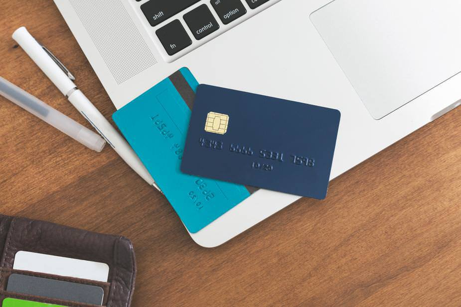 best canadian credit cards for travel hackers