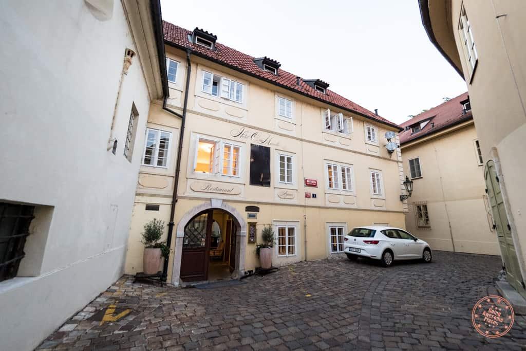 front entrance to hotel casa marcello in prague