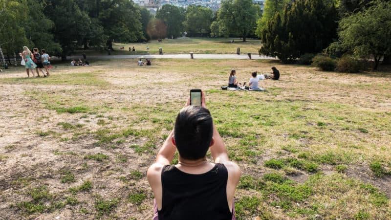 knowroaming roaming sim card in europe for data usage