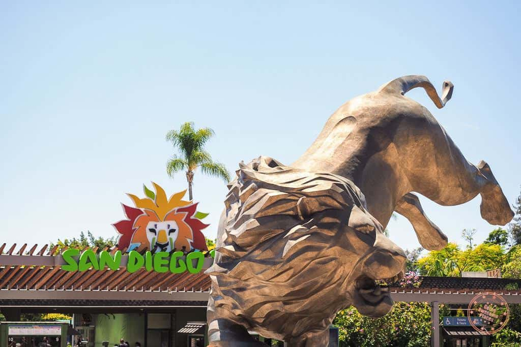 san diego zoo entrance with golden lion statue in front