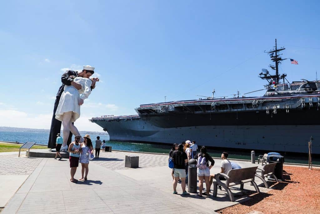 things to see for a weekend in san diego includes unconditional surrender statue