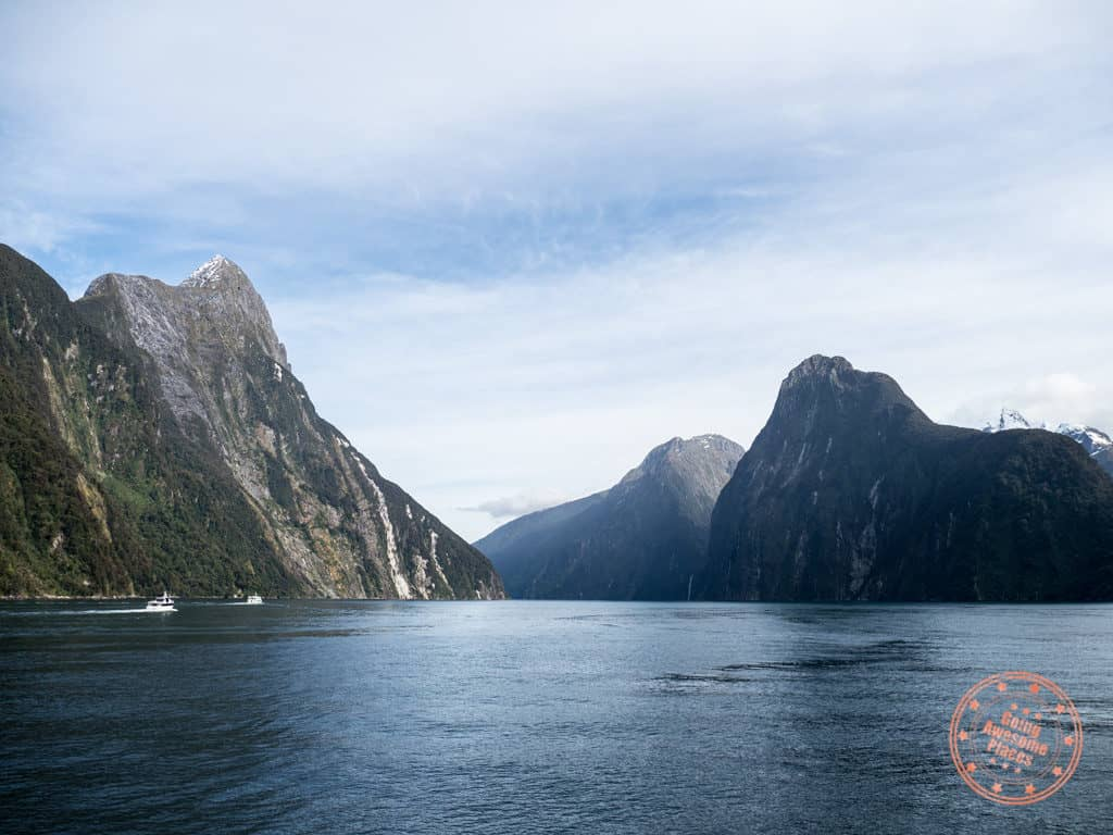 milford sound cruise and kayak with southern discoveries