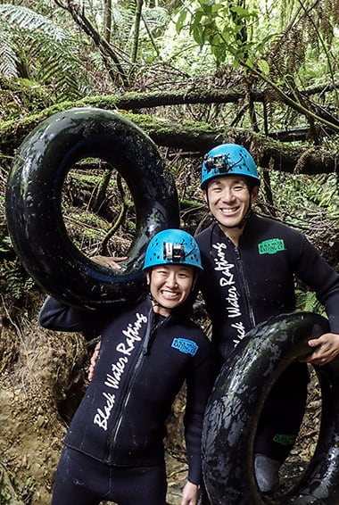 black water rafting black labyrinth adventure in new zealand