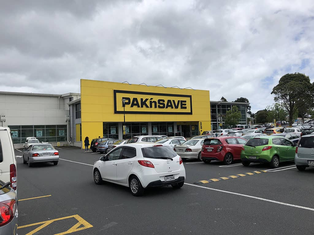 pak'n'save grocery store in new zealand storefront