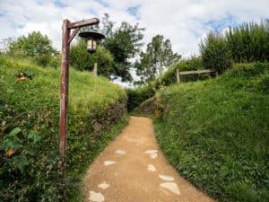 path entering hobbiton shire nz