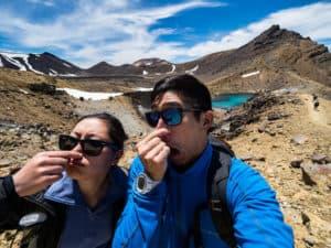 sulphur smell at emerald lakes on tongariro