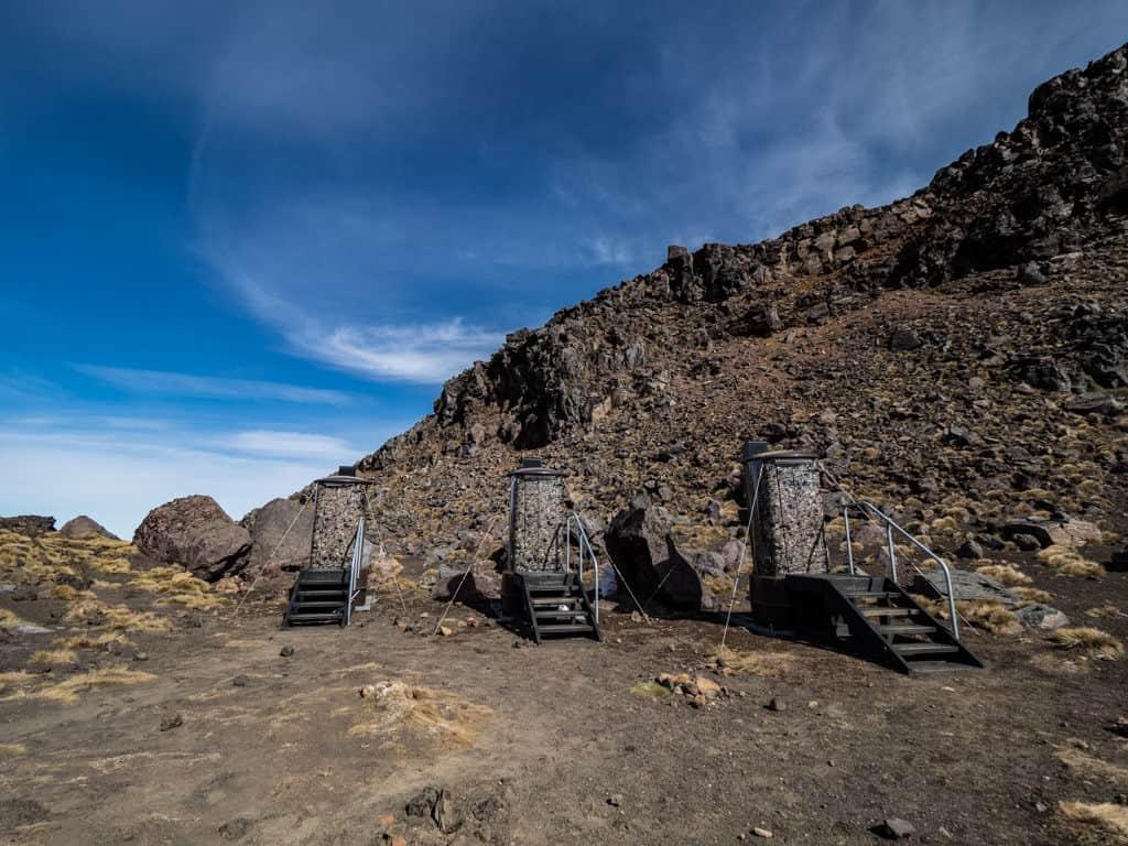 toilets on tongariro alpine crossing track
