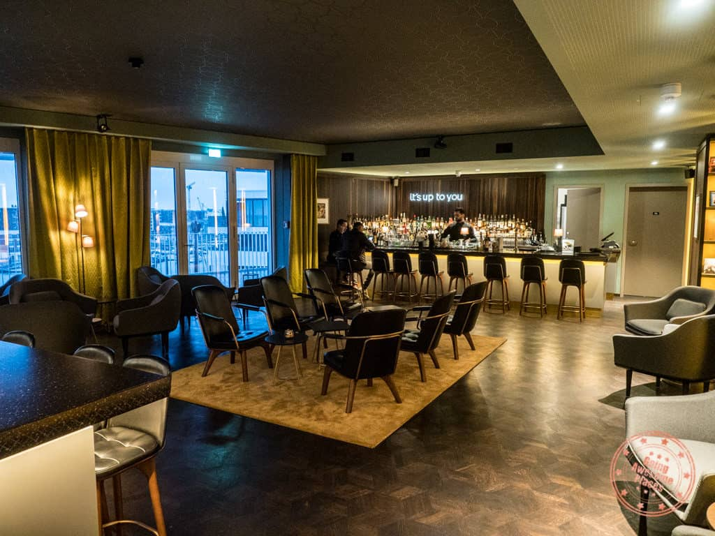 the liberty hotel bar in bremerhaven