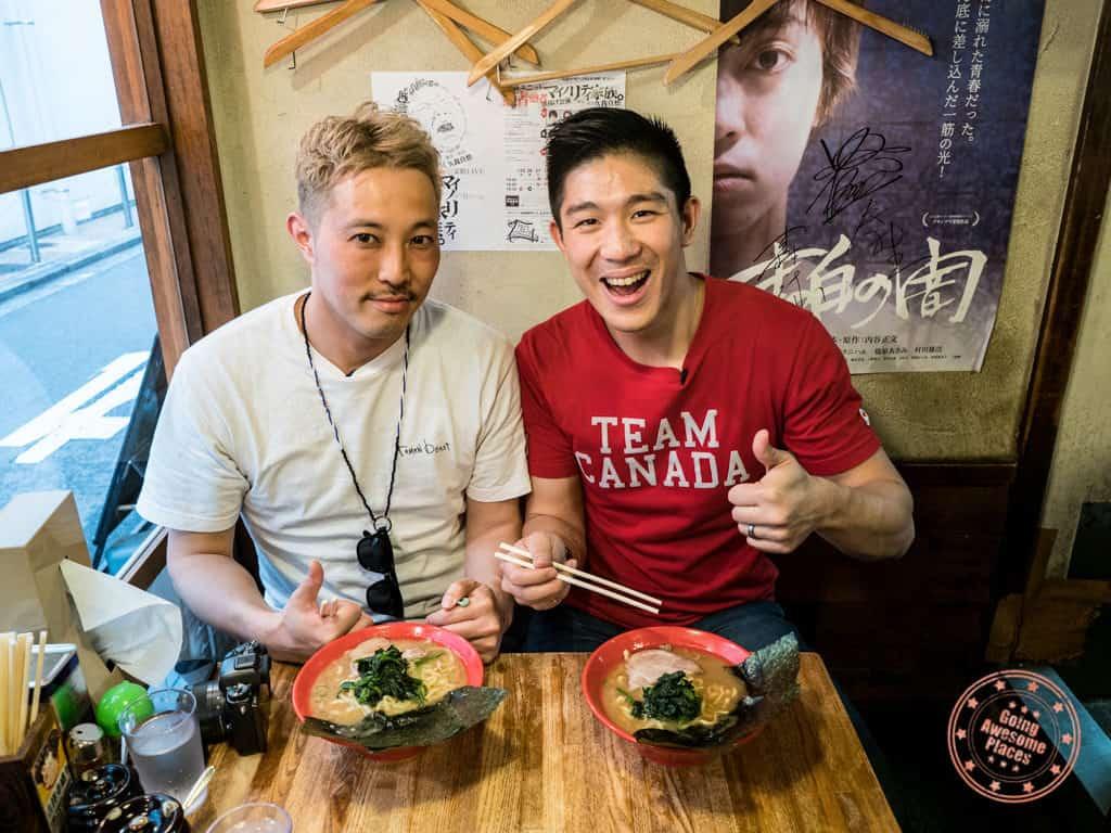eating ramen with ramen beast hiroshi