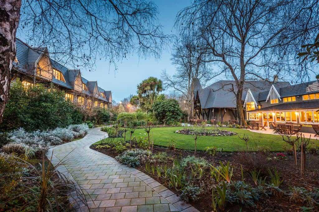 doubletree christchurch grounds