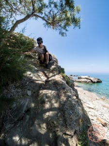 climb down to vorina beach
