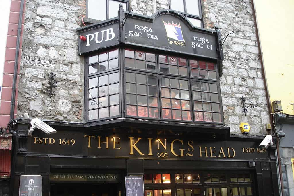 the kings head galway bar activity