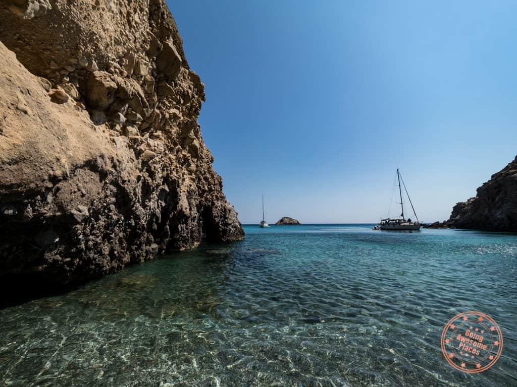 tsigrado beach cove in milos