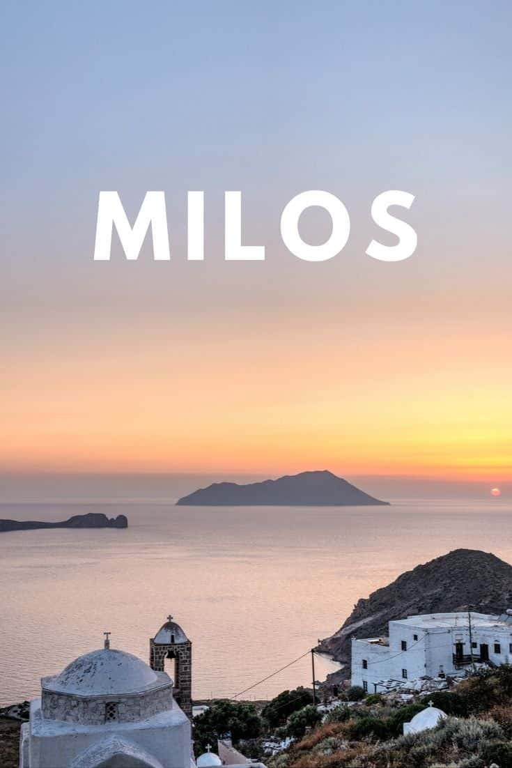 The full Milos 3 day itinerary that covers what to see, do, where to eat, and best place to stay if you\'re planning a vacation. Useful tips inside! #milos #visitgreece #greece #greekislands