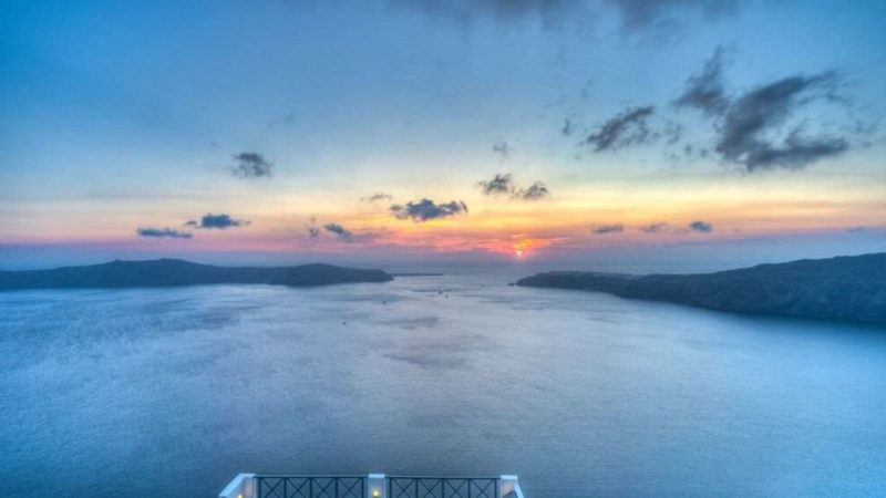 3 days in santorini itinerary sunset view