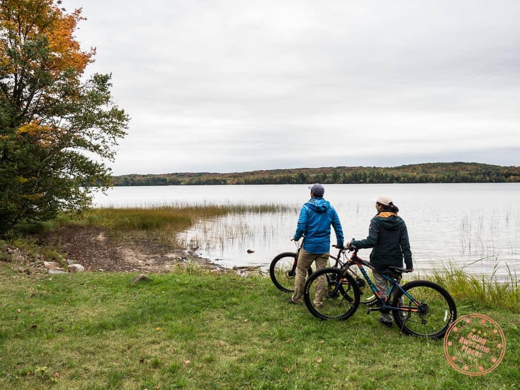 restoule autumn cycling activity