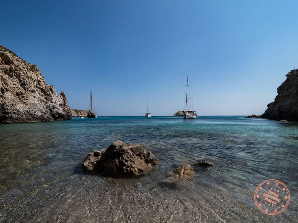 tsigrado beach milos yachts
